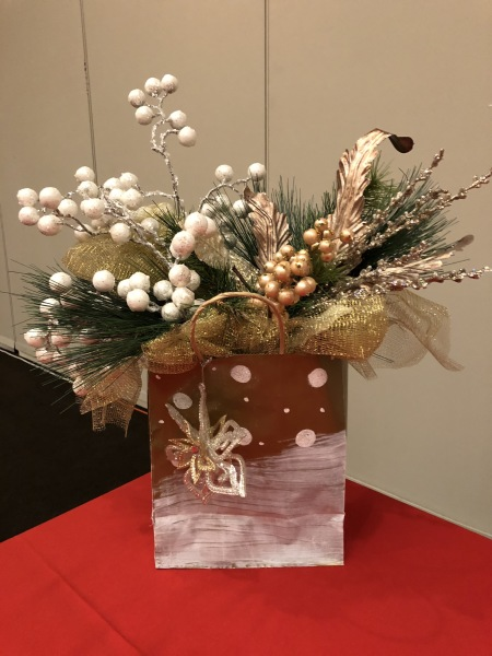 Decorate with a flare!  Let me help you customize your accents for your holiday event!